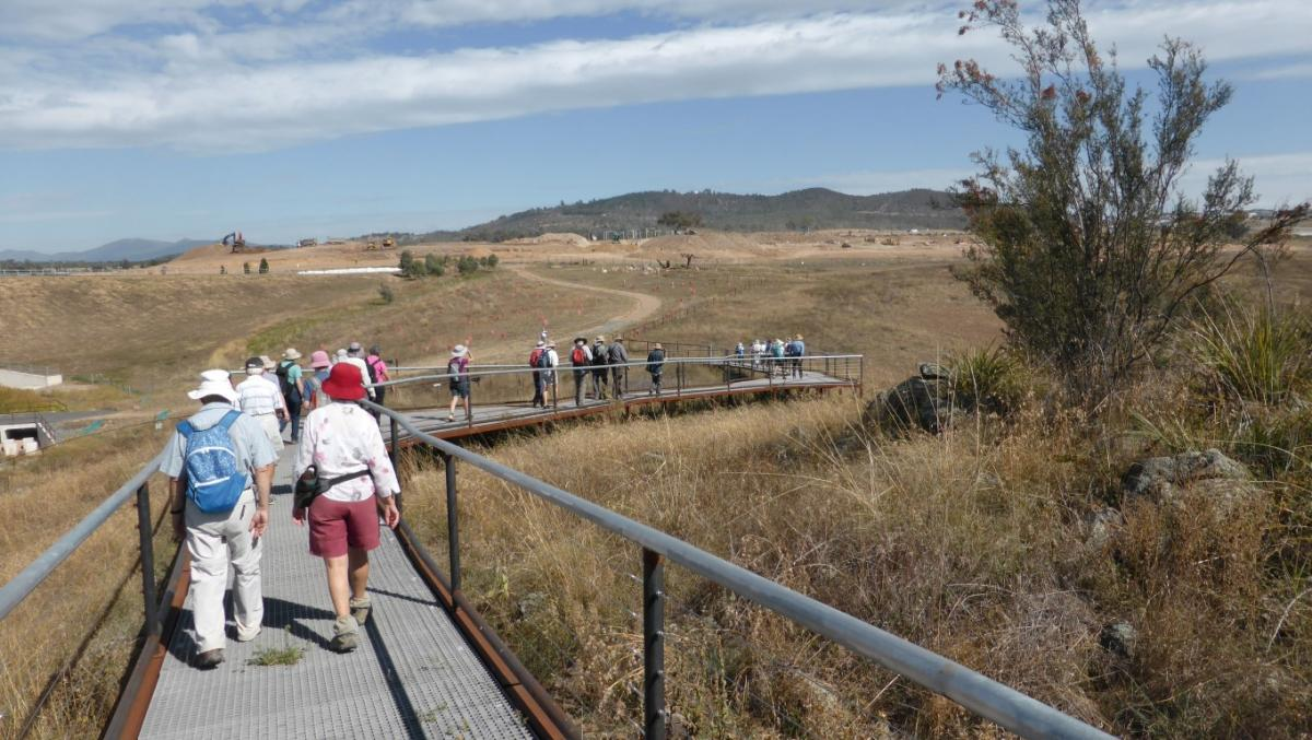 Coombs to the Molonglo River - A Woodland Track, 11 April 2018
